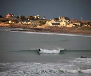 Surfing-near-mossies