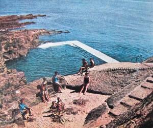 Reenroe swimming pool